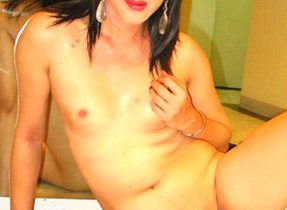 Curvy Hipped Raven Haired T-Girl