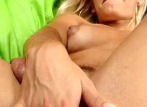 Jerking Blonde Ts Babe