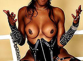 Kinky Black Ts